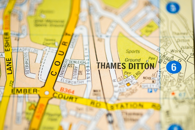 Waste clearance in Thames Ditton